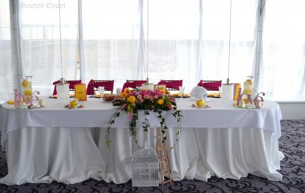 Azi turnam fundatia – nunta tematica